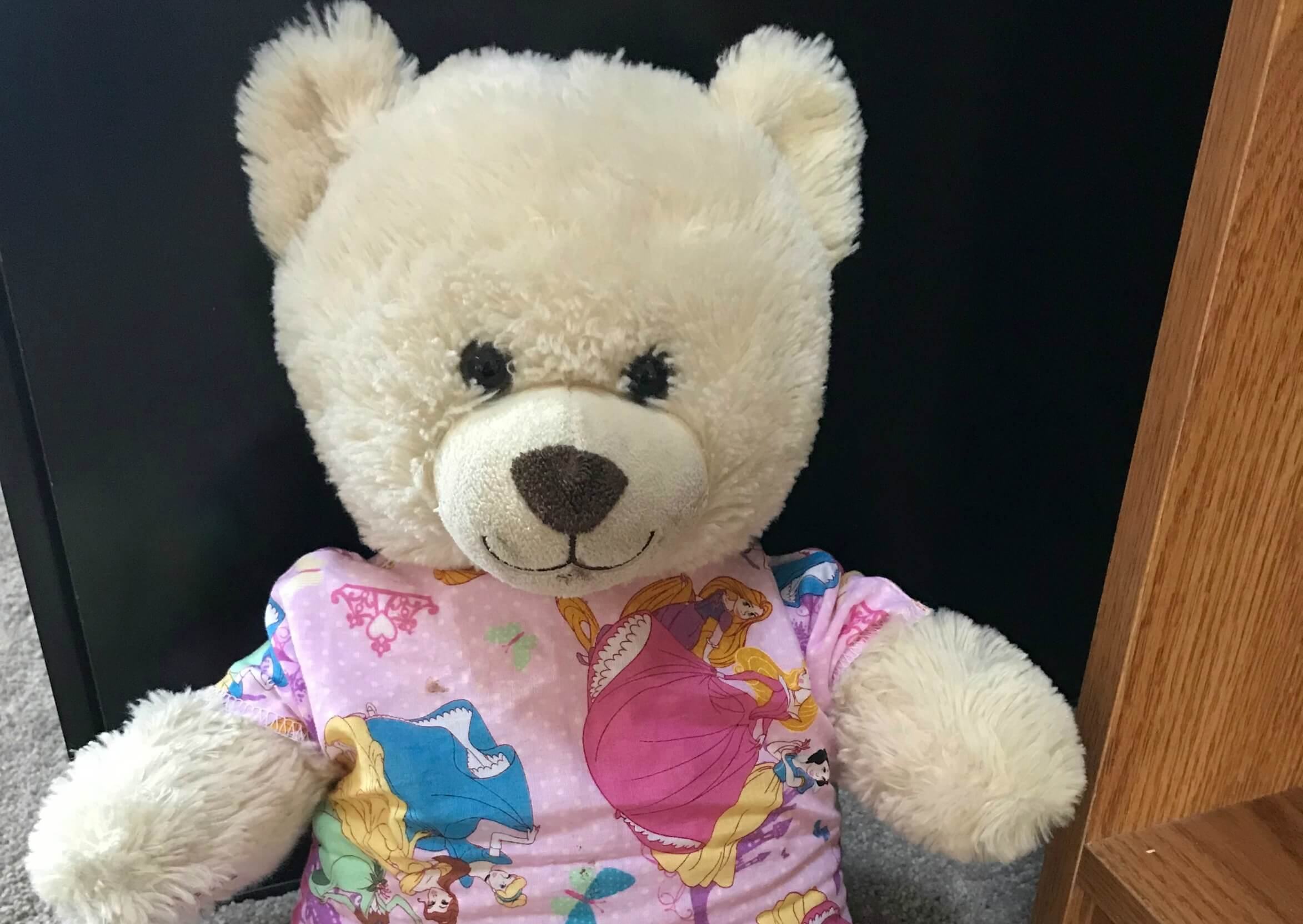 Free Hospital Gowns for Your Child\'s Doll or Stuffed Animal